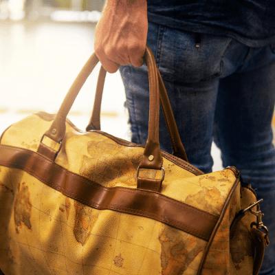 Большая дорожная сумка на колесах